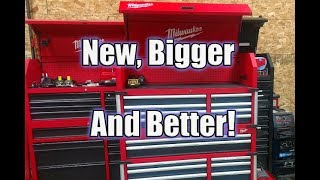 "Video New Milwaukee 46"" 18-Drawer High Capacity Tool Chest and Cabinet Combo 