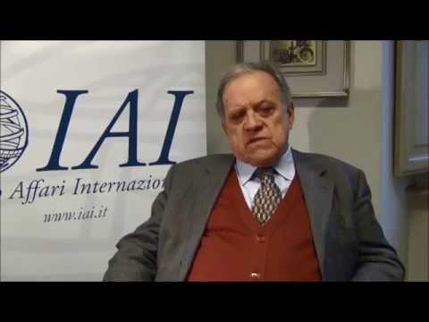 Natalino Ronzitti - Coercive Diplomacy, Sanctions and International Law