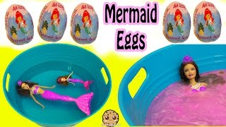 Fizzy Mermaid Surprise Eggs In Water with Barbie Dolls In Mini Pool thumbnail