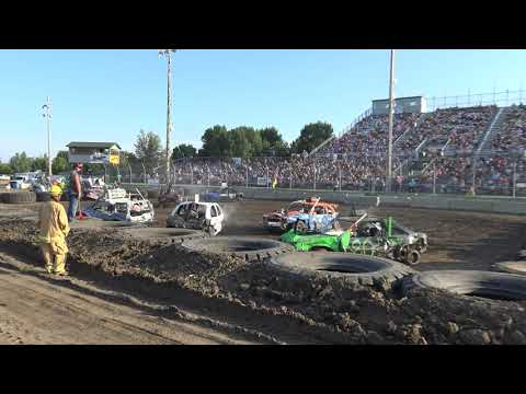 Mandan Demolition Derby 2019 - Dacotah Speedway - Compacts