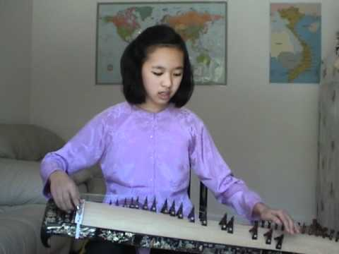 Long Me - Tram Anh dan tranh va hat - Vietnamese zither: Mother