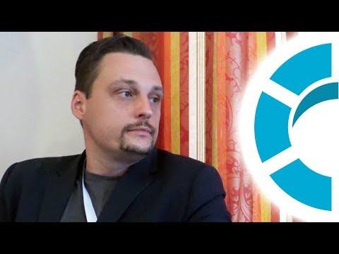 Der Romanautor Marcus E. Levski - KOLLEKTIV on Tour