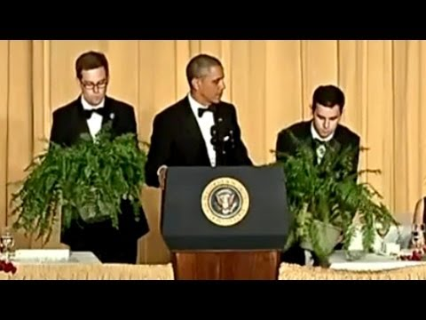 """Obama """"Between Two Ferns"""" at White House Correspondents Dinner"""