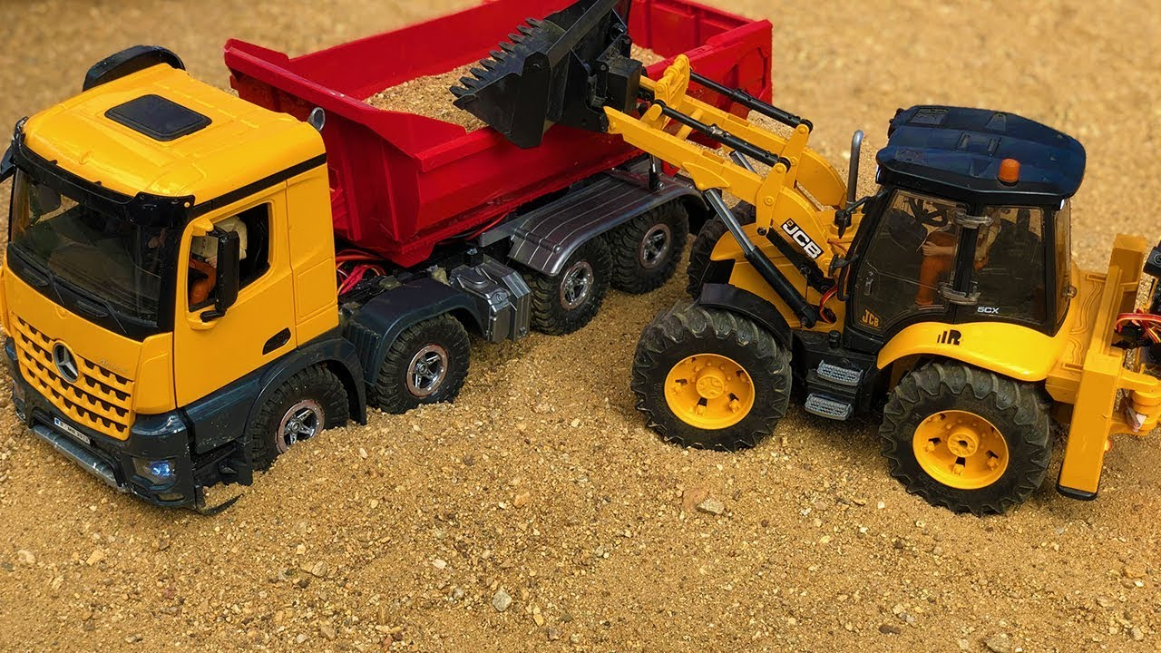 Great JCB Backhoe and Dump Truck Construction Toys, Bruder Truck Tractor Excavator Action!