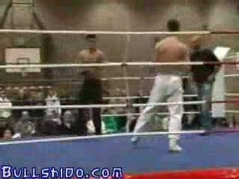 Wing tsun guy vs karate guy