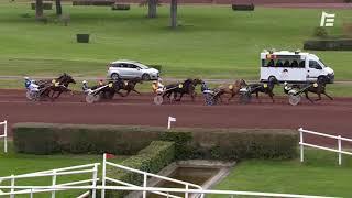 Vidéo de la course PMU GRAND PRIX DES 4 ANS