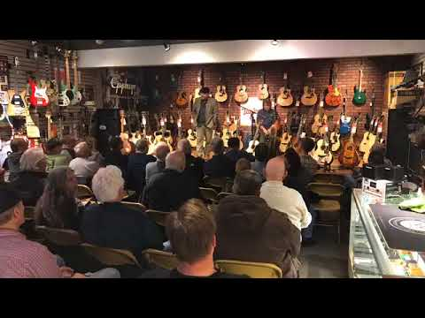 taylor guitars road show 2018 randee 39 s music center in rockford il youtube. Black Bedroom Furniture Sets. Home Design Ideas