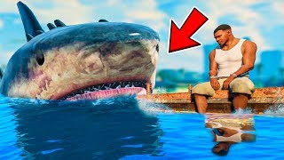 Playing As A MEGALODON SHARK in GTA 5! (Mods)