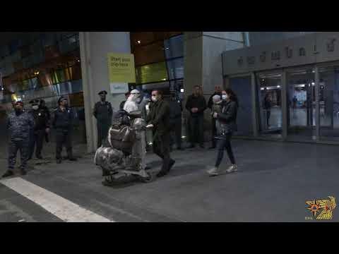 Տեսանյութ.Ռուսաստանից Հայաստան ժամանած 178 քաղաքացիներն ԱԻՆ ավտոբուսներով տեղափոխվել են մեկուսացման վայրեր