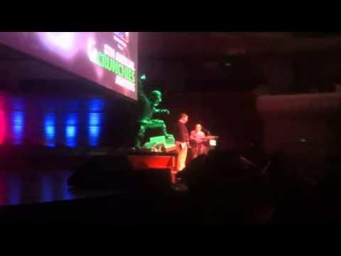"Michael Arrington at TechCrunch ""Crunchies"" Awards Ceremony Making Fun of ""Good-Guy"", Marc Benioff"