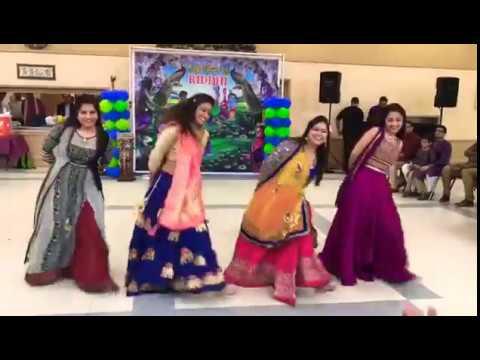 Riddhi Davra's Baby Shower Dance Performance