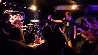 Leftöver Crack - Stop the insanity - Helsinki 2.8.2014