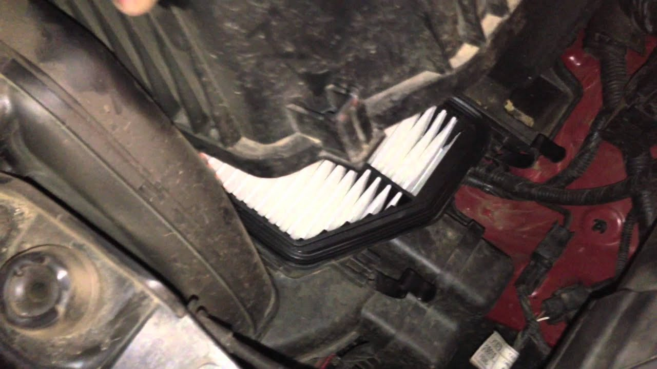 How To Replace Engine Air Filter On 2012 Hyundai Tucson