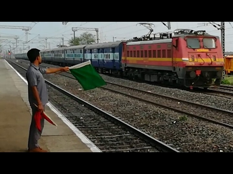 Unique! Flag Exchange with High Speed Trains WAP4, WAP7, WAG7, WAG9 [Full HD]