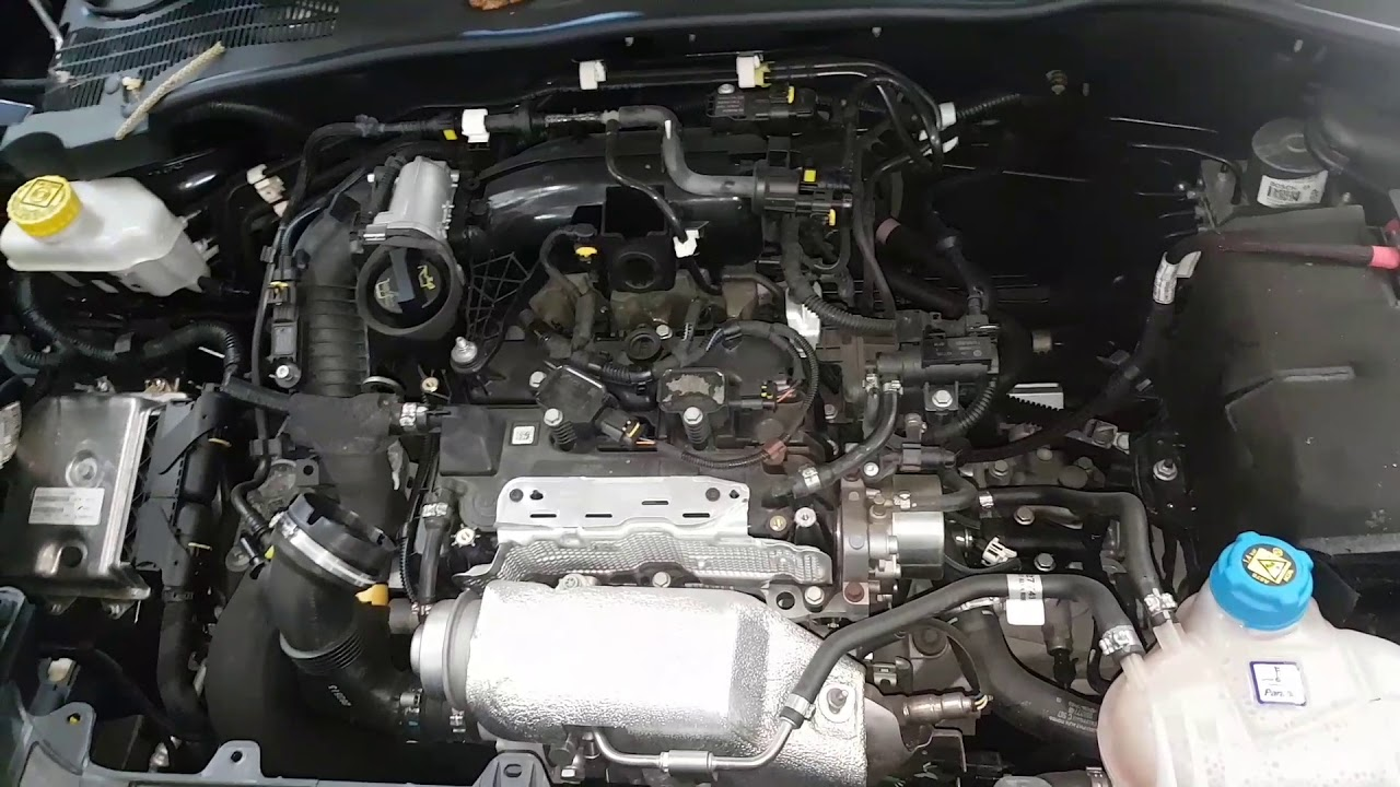 Alfa Romeo Mito  Cylinder Air Filter Removal Replacement