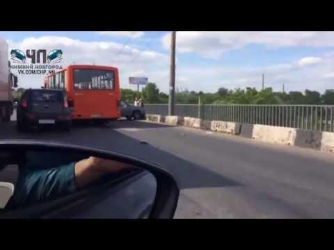 ДТП на Карповском мосту в Нижнем Новгороде