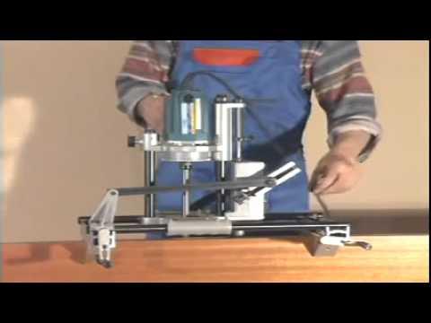 видео: Установка деревянных дверей своими руками от donosvita.org