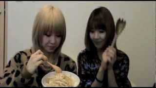 Ami★Aya めちゃぺちゃ道場(復刻版)第2回「Aya's クッキング」 thumbnail