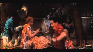 Blue Hawaii - Fight Scene - Beach Boy Blues 1961.avi