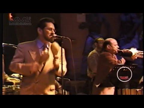 Ernie Agosto y la Conspiracion Canta Luis Blassini Club Melao a comienzos de los 2000 Full Concert