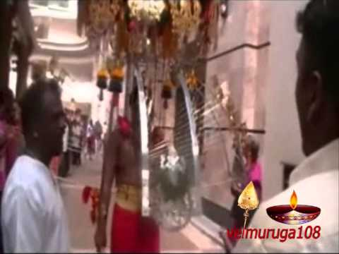 Karthigai Deepam 2012 @ Tank Road, Singapore (Part 1)