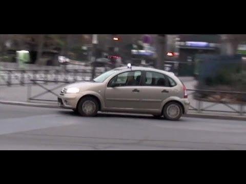 Unmarked Police Car Paris // Voiture de police banalisée