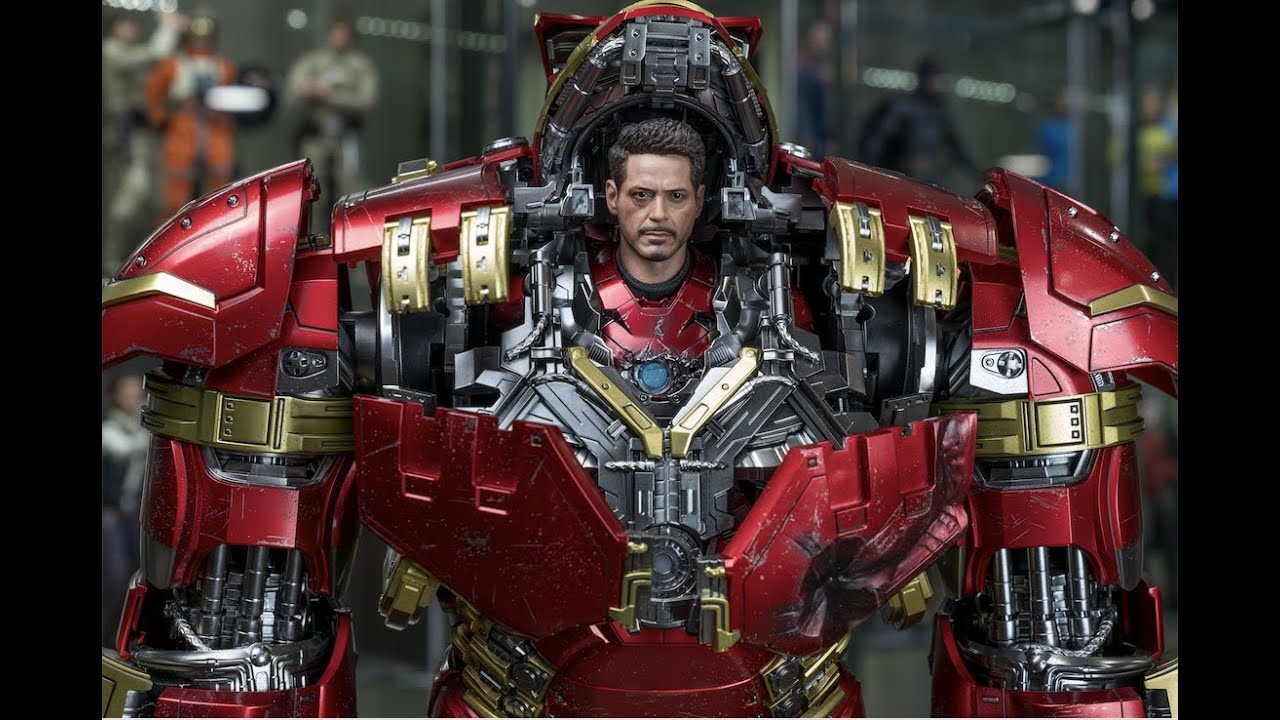 Action figure hot toys hulk buster