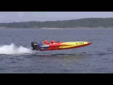 Flyingfox X-161 batboat with Helicopter EM offshore 2019