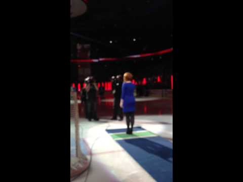 Whitney Williams - O Canada (Rogers Arena, Vancouver Canucks vs. Edmonton Oilers) October 4th, 2014