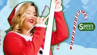 Santa Claus Brings Presents | Santa, Santa Claus | What's in the Box?