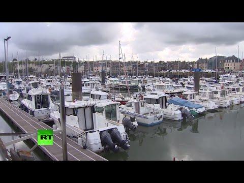 Контрабандисты предлагают французским морякам тысячи евро за доставку беженцев в Британию