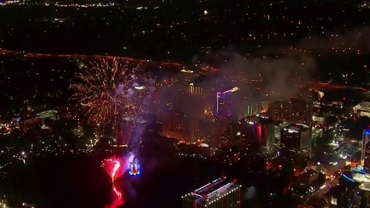 WATCH: 4th of July fireworks over Downtown Jacksonville