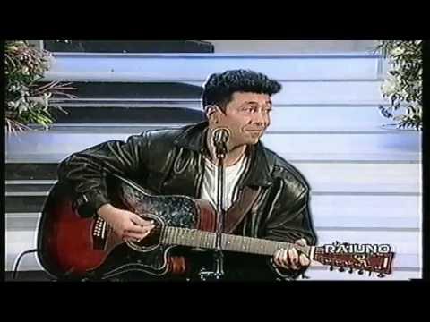 Edoardo Bennato - L' isola che non c'è & Sono solo canzonette (Live) - 17-11-1994.