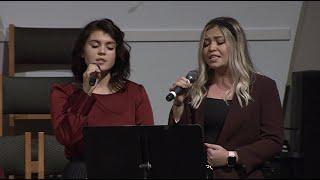 Пение «Жатва созрела, времени нет...» — Олеся и Настя.
