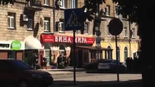 Перестрелка в Донецке(Бойцы ДНР устроили перестрелку с представителями команды боевиков Безлера (Горловка) в центре Донецка...., 2014-07-01T14:04:16.000Z)