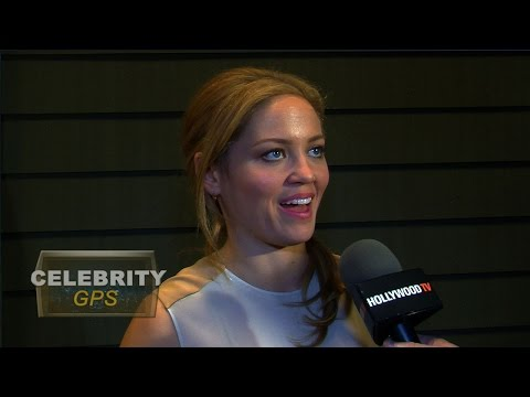 Erika Christensen is engaged  Hollywood TV