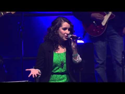 Erna Hackett and Erin O'Neill worship intro - Urbana 15