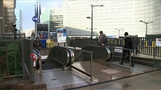 Brussels metro reopens as terror alert stays at highest level
