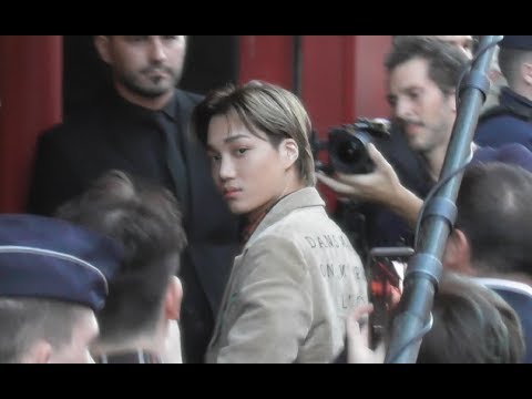 Video KAI 카이 EXO Jongin @ Paris 24 september 2018 Fashion Week show Gucci #PFW