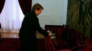 Bachelet homenageia Allende