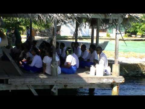 Fanning Island (Oct 11, 2011) - children singing