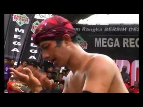 Jaranan Samboyo Putro ATRAKSI MAKAN KAMBING
