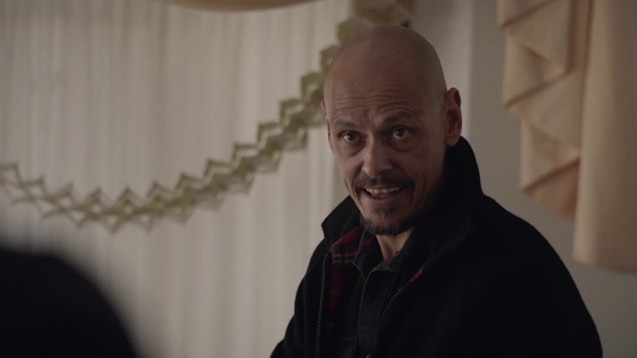 Download Mr Inbetween - 2x09 - Ray barges into the wrong house