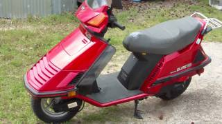1986 Honda Elite 150 Deluxe red