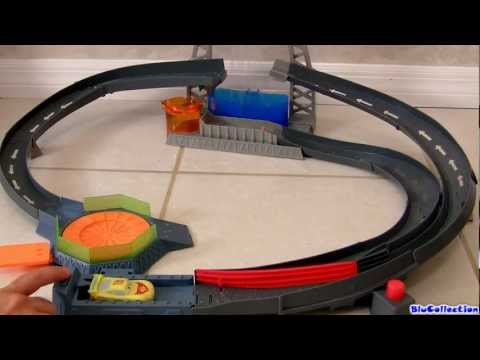 Color Changers Splash Speedway Track Playset CARS2 Disney Pixar by ToyCollector Blucollection