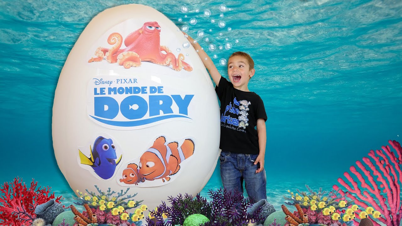 oeuf g ant le monde de dory disney unboxing giant egg surprise opening disney finding dory. Black Bedroom Furniture Sets. Home Design Ideas