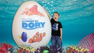 OEUF GÉANT Le Monde de Dory Disney - Unboxing Giant Egg Surprise Opening Disney Finding Dory streaming
