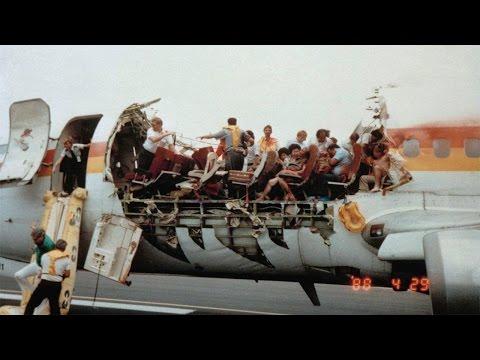 10 Greatest Emergency Landings Ever