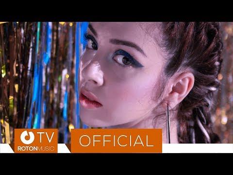 BiBi - Un pic, un pic (Official Video)