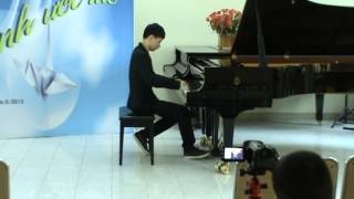 Pham Ngoc Giang Piano